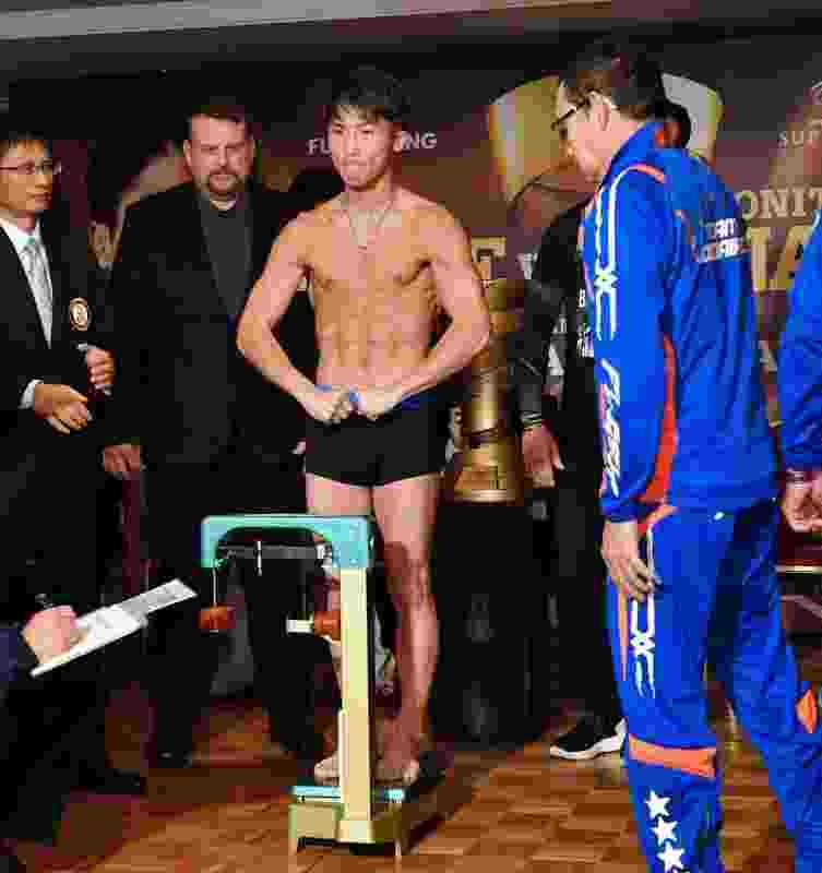 【ボクシング】<井上尚弥>「最高の試合をするだけ」ドネアも計量一発クリア!WBSS頂上決戦
